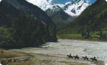 trekking tours in himalaya